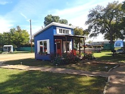 tiny-house-community-for-homeless-in-usa